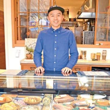 原口雄次(はらぐち・ゆうじ)■宇都宮市出身。オレゴン州の大学に編入・卒業後、日本のメーカーに就職。2007年に食品商社「True World Foods」に転職、13年に「YUJI Ramen」開業、独立。14年にレストラン「OKONOMI」、16年に鮮魚店「OSAKANA」を開業。19年2月にはマンハッタンにある日系スーパー「片桐」グランドセントラル店内にOSAKANA2号店を出店。東京と京都にも店舗を持つ