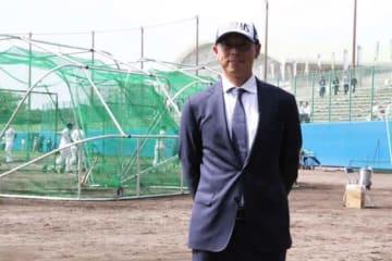 古巣のヤクルトキャンプを視察した田中浩康氏【写真:編集部】