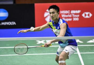 バドミントンのドイツ・オープン シングルス1回戦に勝利した桃田賢斗=ミュルハイム(AP=共同)