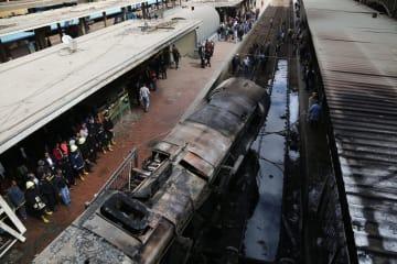 エジプトのラムセス駅で列車火災 20人死亡、40人負傷