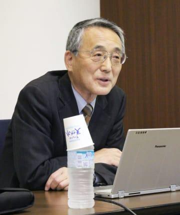 講演する原子力規制委員会初代委員長の田中俊一氏=1日午後、東京都港区