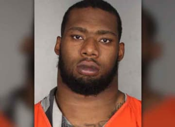 Ex-Baylor DE Shawn Oakman Found Not Guilty