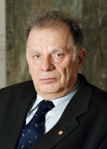 死去したジョレス・アルフェロフ氏(AP=共同)