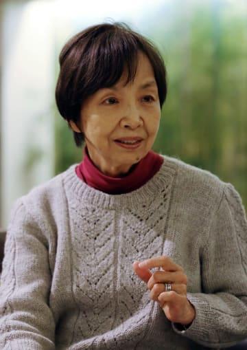 「同時代を生きる者として、被爆者の姿を伝え残したい」と話す大石芳野さん=長崎市内