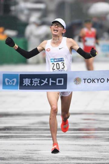 男子日本人トップの5位に入り、MGC出場権を獲得した堀尾