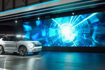 三菱自動車、ジュネーブモーターショーで『MITSUBISHI ENGELBERG TOURER』を世界初披露