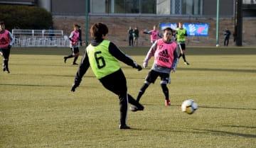 Jヴィレッジで強化合宿を行ったサッカー女子日本代表「なでしこジャパン」=2月23日、福島県楢葉町