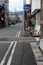 今シーズンはほとんど積雪が見られない=19年2月7日、豊岡市千代田町