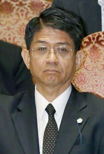 横畠裕介・内閣法制局長官
