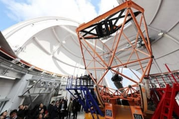 県の観光キャンペーンでPRされるアジア最大級の望遠鏡「せいめい」