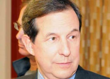 Description: English: Chris Wallace of Fox News seen at the J.W. Marriott Hotel in Washington, D.C., before a gala honoring advocates of the National Guard Youth ChalleNGe Program on Feb. 23, 2010. The 17-month voluntary intervention program...