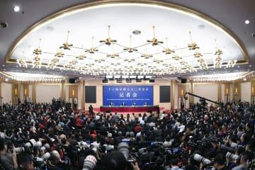 朝鮮半島問題の解決が「段階的、同時並行的」 王毅外交部長