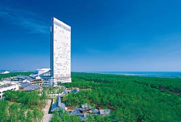 宮崎市の大型リゾート施設「シーガイア」(フェニックスリゾート提供)