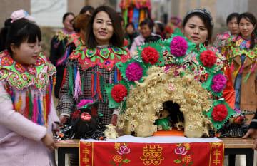 幸福と健康を祈る「花饃」イベント開催 陝西省大茘県