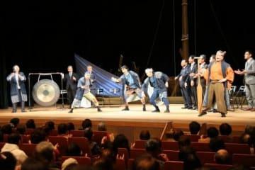 ソーラン節で音楽祭の開幕を祝ったオープニングセレモニー