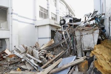震災遺構となった宮城県立気仙沼向洋高の旧校舎=10日午前、宮城県気仙沼市