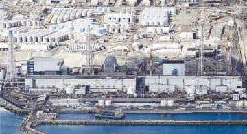 東京電力福島第1原発。右から1、2、3、4号機=2月18日
