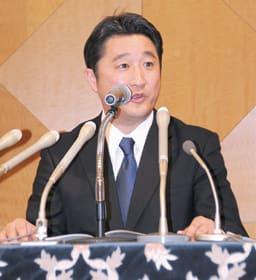 「北海道独立宣言」と題した政策を発表する石川氏