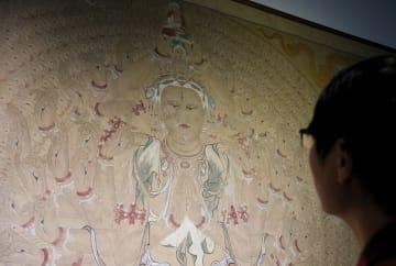 深圳市でシルクロード芸術の臨写作品展