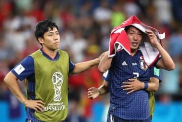 ロシアW杯でベルギー代表に逆転負けし、悔しさのあまり涙を流す昌子源(右)photo/Getty Images