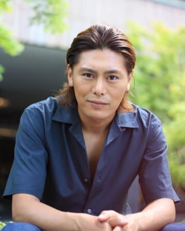 空手などマーシャルアーツのバックグラウンドを生かし、スタントアクターとして活躍する松葉真一さん。日本では40本以上の作品に出演している。昨年9月から米国で挑戦するためLAへ活動の拠点を移した