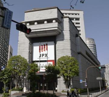 東京証券取引所=渡橋・日本橋兜町