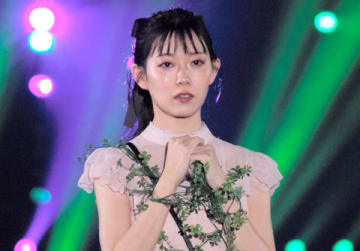 「KANSAI COLLECTION 2019 SPRING&SUMMER」に登場した渡辺美優紀さん