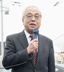 市長選に向けた決意を語る菊谷氏