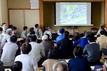 角間沢川の治水対策が「輪中堤」案に決まった住民説明会