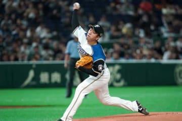 アスレチックス戦に先発した日本ハム・斎藤佑樹【写真:AP】