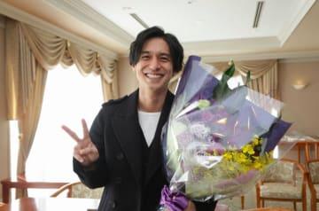 錦戸亮、満面の笑みで『トレース』撮了に感謝「気持ち良く終えることができました」