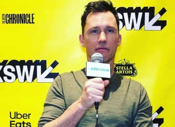 SXSW 2019 VIDEO EXCLUSIVE: Jeffrey Donovan On 'Villains,' Kyra Sedgwick, Bill Skarsgard & Maika Monroe