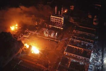 爆発があった化学工場周辺=21日、中国江蘇省塩城市(新華社=共同)