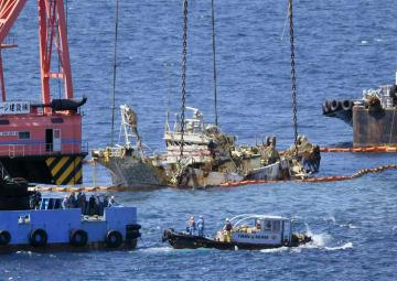 2017年5月、松江市沖の海底から引き揚げられた「大福丸」