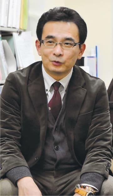 はんざわ・としかず 福島県生まれ。福島大大学院教育学研究科修了。1989~2013年に盛岡、東京、福島などの家裁で調査官として少年事件などを担当し、15年から現職。専門は犯罪非行心理学。臨床心理士の資格も持つ。56歳。