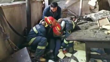 江蘇省の化学工場爆発事故現場、救援活動続く