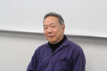 石田英敬(いしだ・ひでたか)教授(総合文化研究科・情報学環) 89年パリ第10大学大学院博士課程修了。人文科学博士。同志社大学助教授などを経て、96年より総合文化研究科教授、00年より情報学環教授。