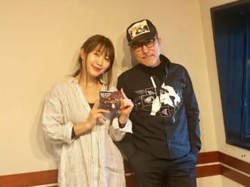 高橋幸宏さん(右)と、番組パーソナリティの坂本美雨(左)