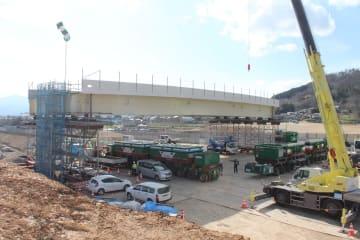 公開された桑折JCTの建設工事現場