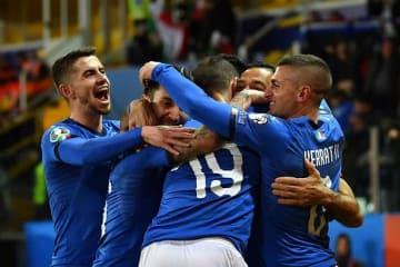 ゴールを喜ぶイタリア代表の選手たち photo/Getty Images