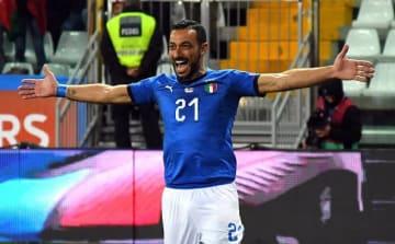 ゴール後に喜びを爆発させるクアリアレッラ photo/Getty Images