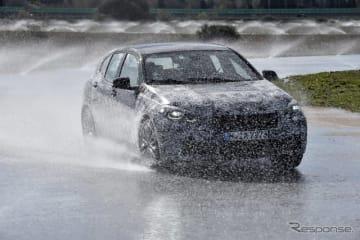 BMW 1シリーズ 新型の開発プロトタイプ