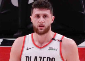 Description: English: Jusuf Nurkić #27 of the Portland Trail Blazers against the Cleveland Cavaliers on January 16, 2019 at Moda Center in Portland, Oregon. Date: 16 January 2019, 21:04:09 Source: Own work Author: Frenchieinportland (Wikipedia)