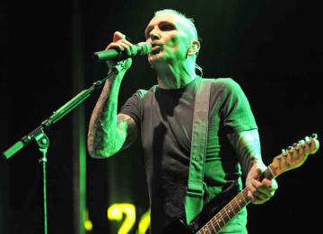 Everclear's Art Alexakis Reveals Multiple Sclerosis Diagnosis
