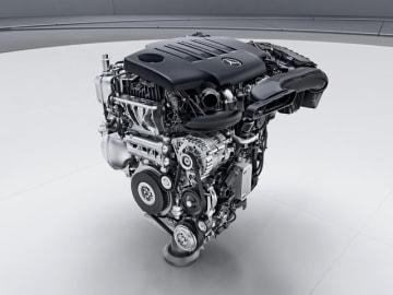 CクラスやEクラスで搭載実績のある直列4気筒クリーンディーゼルエンジン「OM654」をベースに、横置きに対応したAクラス「A200d」に搭載する「OM654q」型クリーンディーゼルエンジン