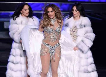 Jennifer Lopez launches her Las Vegas residency