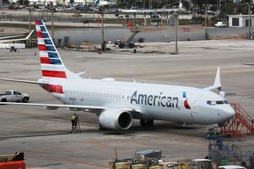 米フロリダ州の空港に駐機するボーイング737MAX8=14日(ゲッティ=共同)