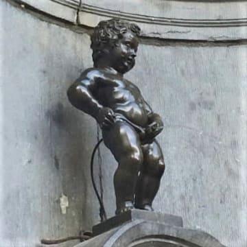 小便小僧の銅像