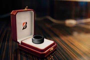 ブリジストンからタイヤの指輪が登場 画像はブリジストンブログより引用(エイプリルフールネタです)