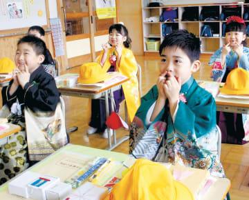 小学校での生活が始まった綾里小の新1年生
